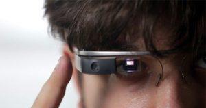 Google Glass tijdens autorijden